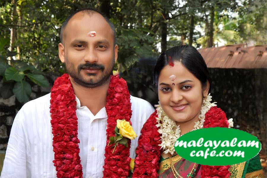 ... Serial actress Sreekutty tied the wedding knot (November 21