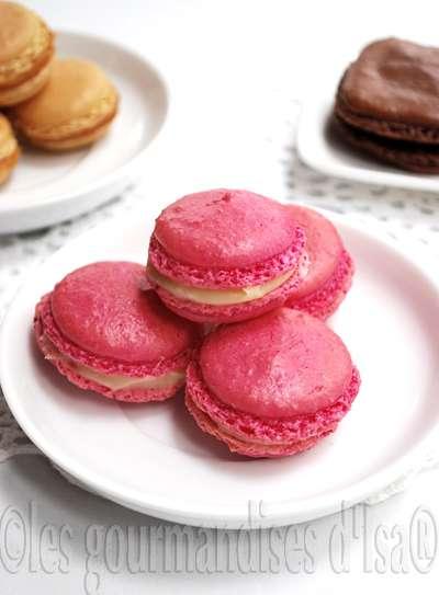 macarons aux chocolat et balsamique blancs mme recette de coques que pour ceux au caramel au beurre sal colorant rouge en poudre qui vire au rose - Colorant Pour Macaron